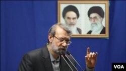 علی لاریجانی رئیس مجلس می گوید درجه بندی غنی سازی اورانیوم نمی تواند سدی برای فن آوری هسته ایران شود