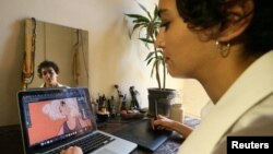 Lebanese Artist Tests Opinion of Arab Women through Her Art