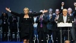 خانم ماری لوپن پس از انتخاب شدن به رهبری حزب جبهه ملی فرانسه