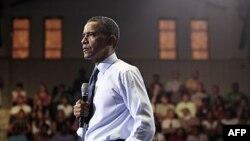 Başkan Obama Maryland Üniversitesi'nde öğrencilerle söyleşi yaparken