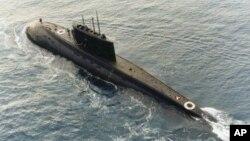 俄罗斯制造的基洛级柴电潜艇(资料照片)