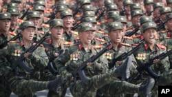 战云密布下朝鲜阅兵,中国高官缺席 (2017年4月,33图)