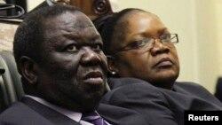 UMnu. Morgan Tsvangirai eloNkosikazi Joice Mujuru