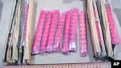 """美国海关发布的图片显示,在加利福尼亚州圣克拉门托市收缴的夹藏在一批筷子里的毒品""""鸭霸""""。(资料照)"""