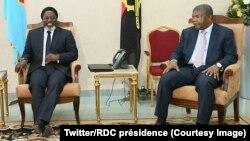 Joseph Kabila président de la RDC, à gauche et son homologue Joao Manuel Gonçalves Lourenço de l'Angola, à Kinshasa, RDC, 14 février 2018. (Twitter/RDC présidence)