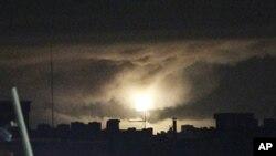 공습받고 있는 리비아의 수도, 트리폴리 (자료사진)