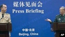 د چین او امریکا نظامي مشرانو سپینې خبرې کړي