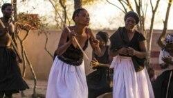 Ingxoxo Esiyenze LoMnu. Phathisa Nyathi Ingwethi Kwezamasiko Esintu