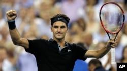 Roger Federer celebra su triunfo sobre el español Roberto Bautista Agut.