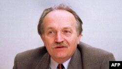 В'ячеслав Чорновіл загинув в автокатастрофі 25 березня 1999-го року