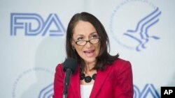 Margaret Hamburg, Kepala badan obat-obatan Amerika, Margaret Hamburg, memberikan sambutan dalam konferensi pers di the National Press Club, Washington DC, 14 Februari 2014 (Foto: dok).