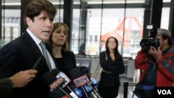 El ex gobernador de Illinois Rod Blagojevich le aseguró a la prensa que no había cometido ningún delito, aunque el jurado lo consideró culpable de los cargos de corrupción.