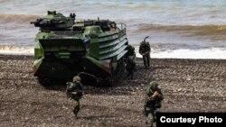 台湾军方本周进行为期5天4夜的年度汉光演习,压轴的三军联合反登陆作战于周四(7月16日)展开(台湾国防部提供)