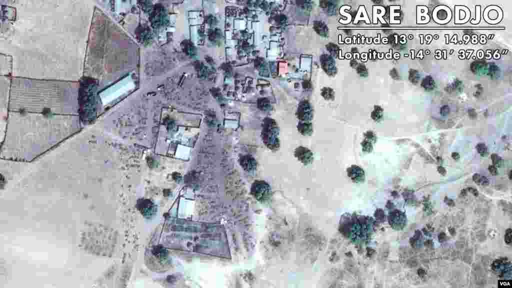 Photo Satellite de Sare Bodjo. Village Gambien frontalier servant au trafic (Google Map)