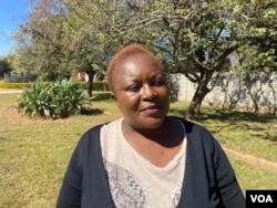 津巴布韋環境管理局官員艾姆克拉·斯丹戈。(美國之音哥倫布·馬烏汗加拍攝)
