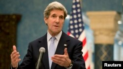 Menlu AS John Kerry mengatakan AS tidak menentang upaya Perancis dan Inggris mempersenjatai pemberontak Suriah (foto: dok).