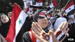 Disidentes sirios que viven en Jordania también realizaron manifestaciones contra el gobierno de Bashar al-Assad.