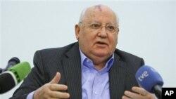 모스크바 대학에서 강연하는 고르바초프 전 대통령