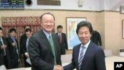 លោក Jim Yong Kim ជាវេជ្ជបណ្ឌិត នរវិទូ