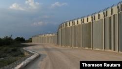 알렉산드르폴리스 지역에 건설된 그리스-터키 국경 장벽. (자료사진)