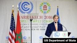 Waziri wa mambo ya nje wa Marekani John Kerry akitoa maelezo huko Marrakech, Morocco, Nov. 16, 2016.