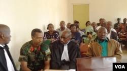 Col Tom Byabagamba na Gen Frank Rusagara
