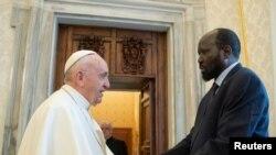 Pope Francis na Prezida Kiir wa Sudani y'Epfo aho babonana i Vaticano
