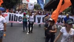 Venezolanos protestan por crisis política en su país