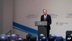 美國貿易代表羅伯特萊特希澤2017年12月11日在世貿組織會議上發言資料照。