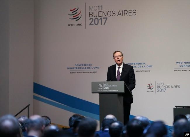 美國貿易代表萊特希澤在世貿組織(WTO)布宜諾斯艾利斯部長會議上講話。