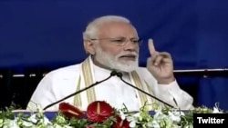 بھارتی وزیر اعظم نریندر مودی نے احمد آباد میں ایک انتخابی ریلی میں تقریر کرتے ہوئے پاکستان کے اندر مزید حملوں کا اشارہ دیا ہے۔ 4 مارچ 2019