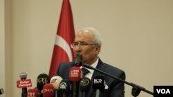 Mersin Büyükşehir Belediye Başkanı Burhanettin Kocamaz, kendisinin yerine Mersin'de Ayfer Yılmaz'ı destekleyeceğini açıkladı.