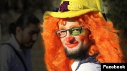 Anas al-Basha, who was known for dressing as a clown while helping children in war-torn Syria, was reportedly killed by an air strike in eastern Aleppo. (Facebook)