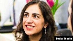 ارس امیری ، دانشجوی ایرانی در لندن، پس از سفر به ایران بازداشت شد.