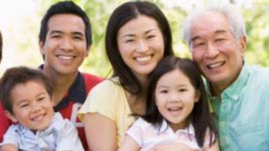 chinese parents and american parents essay Open document below is an essay on child-rearing practices in chinese and american cultures from anti essays, your source for research papers, essays, and term.