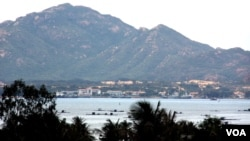 Cảng Cam Ranh, Việt Nam (D. Schearf/VOA)