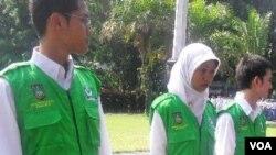 Para Satgas Muda anti rokok yang bertugas mengkampanyekan anti rokok kepada warga di kota Solo.
