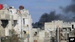 Συρία: Διασώστες του Ερυθρού Σταυρού επιχείρησαν να απεγκλωβίσουν τραυματίες