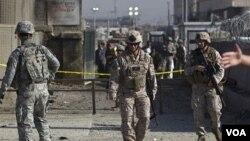 Tentara AS memperketat penjagaan setelah serangan atas Camp Phoenix di Kabul (2/4).