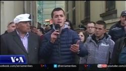 Shqiperi: Protestë e tregëtarëve