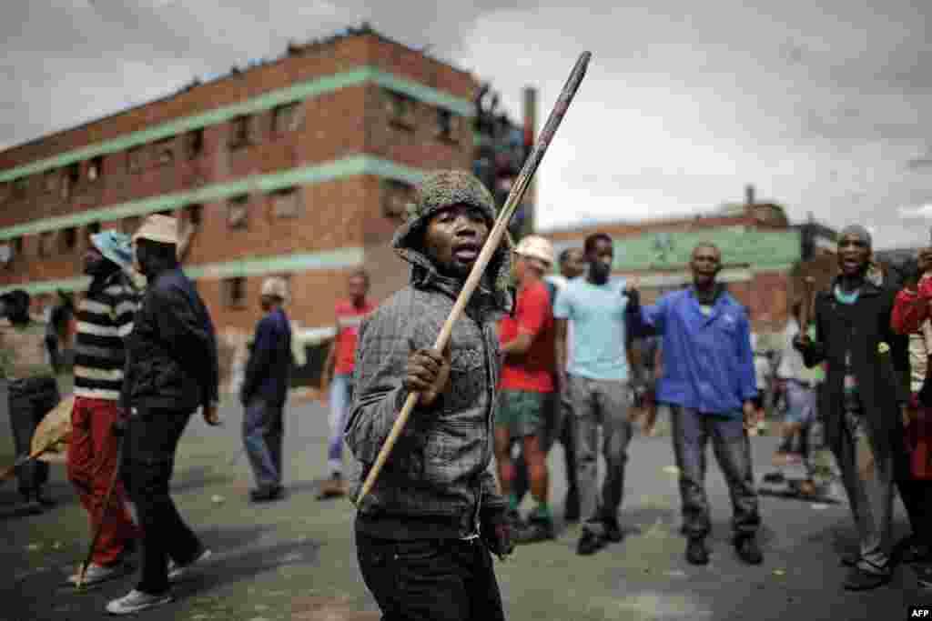 جنوبی افریقہ میں غیر ملکی تارکین وطن کے خلاف احتجاج کیا جا رہا ہے۔