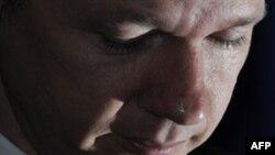 Ông Assange bị giam ở Anh theo lệnh bắt giữ của Thụy Điển nơi ông bị truy nã để thẩm vấn về cáo trạng liên quan tới tội hiếp dâm