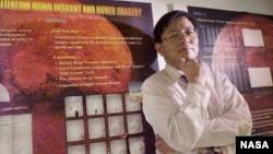 Giáo sư trường Đại học bang Ohio Rongxing Li.