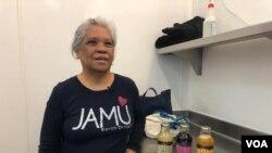 Morsinah Katimin perkenalkan jamu dan sambal kepada publik Amerika lewat produknya yang diberi nama 'Sajen'.