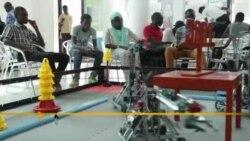 Vous et Nous : Concours de robotique au Sénégal