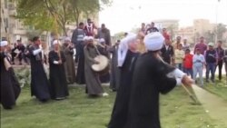 Святкова єгипетська гра з палицями