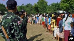 Thousands Flee Burma Border Fighting a Day After Elections