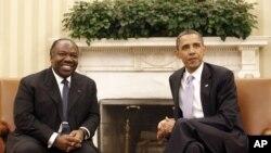 加蓬总统阿里.本.邦戈6月9日与美国总统奥巴马在白宫