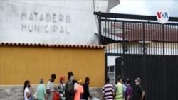 Sangre de res: la opción de los venezolanos pobres para saciar el hambre