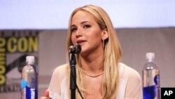 Jennifer Lawrence dalam acara konferensi pers Twentieth Century Fox di Comic Con 2015 di San Diego bulan Juli lalu.